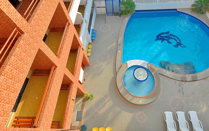 Piscina del Hotel La Aldea